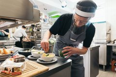 cafe-restaurant-henris-zubereitung-fruehstck